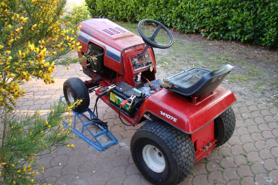 tracteur tondeuse murray 11 hp. Black Bedroom Furniture Sets. Home Design Ideas